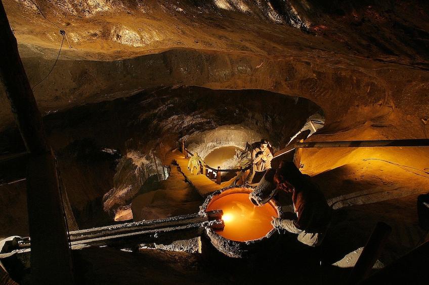 Åpne bilde 2 av 10. Activity Wieliczka Salt Mine Tour