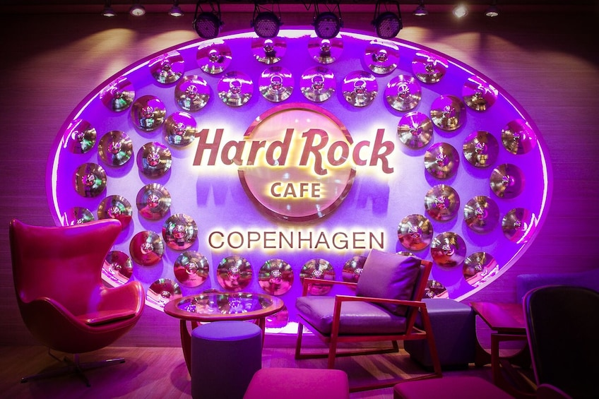 Öppna foto 1 av 10. Hard Rock Cafe Copenhagen Dining with Priority Seating