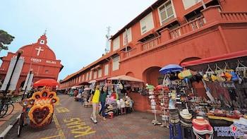 Show item 6 of 6. small market in kuala lumpur