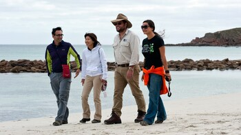 2-Day Kangaroo Island 4-Wheel-Drive Small-Group Tour