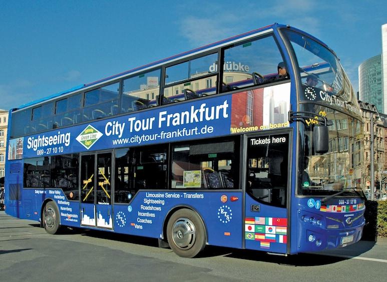Öppna foto 1 av 7. Frankfurt Hop-On Hop-Off Tour