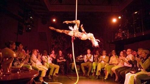 Aerial performer in Frankfurt