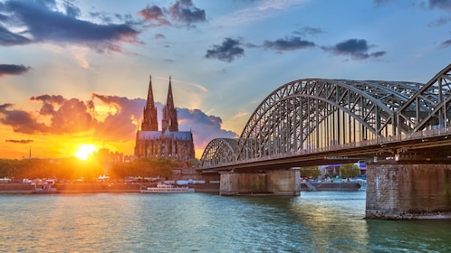 Sun setting near the cathedral in Cologne