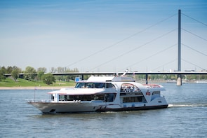 Panoramische sightseeing-cruise in Düsseldorf