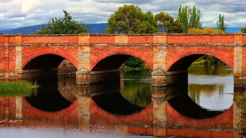 he Red Bridge Campbelltown in Hobart
