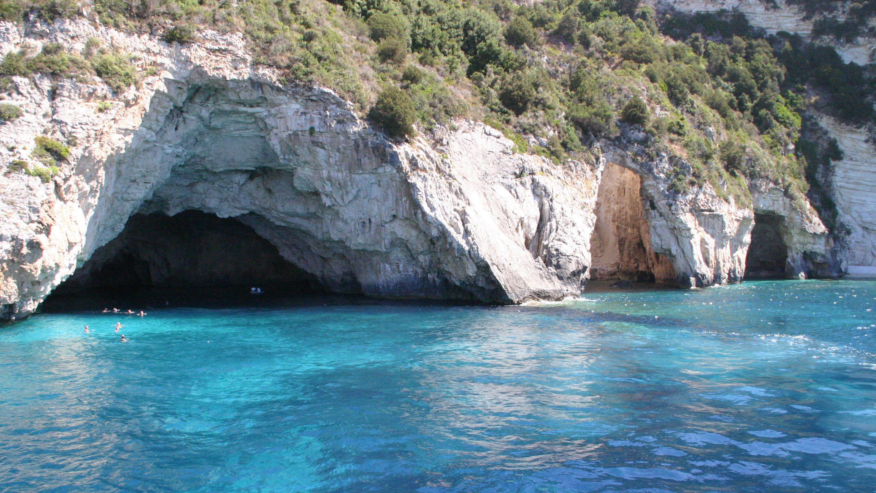 Paxos & Antipaxos Full-Day Cruise