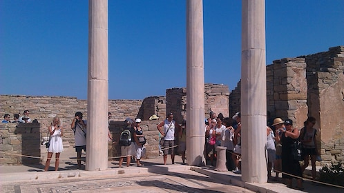 Group on Ancient Delos Half-Day Tour in Mykonos