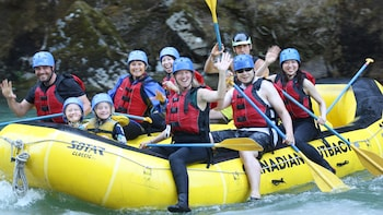 Family-Friendly Cheakamus Splash Rafting Tour