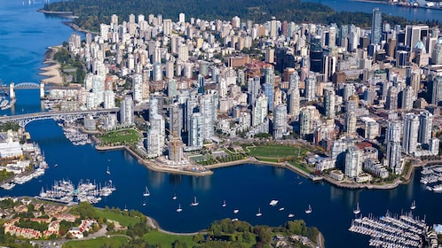 Clear view of the city and harbor in Vancouver