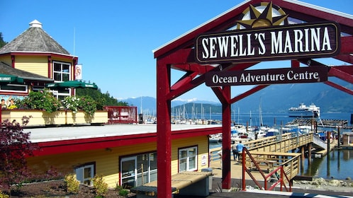 Boat rental at the Sewell's Marina in Vancouver