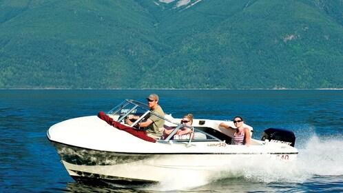 Rental boat speeding up in Vancouver