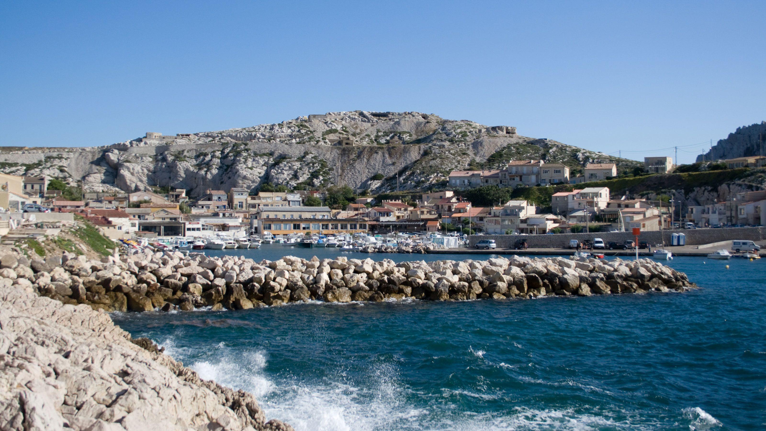 Gorgeous coast of Marseille