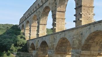Roman Sites : Nimes, Uzès & Pont du Gard