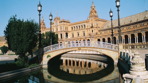 Bridge and building in Seville