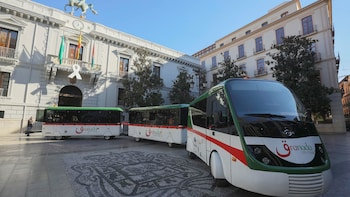 Hop-On Hop-Off Granada City Tour Train