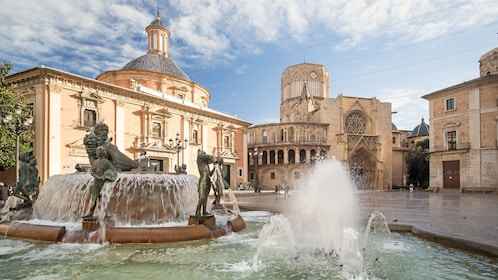 Fountains and historical buildings in Valencia