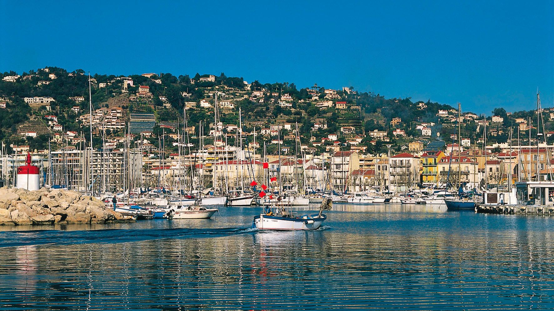 Stunning view of the water overlooking the coast in Cannes