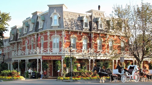 The Prince of Whales hotel at Niagara Falls