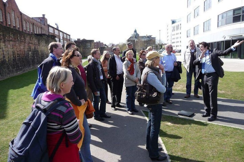 Tailor-made Walking Tour: Discover Newcastle