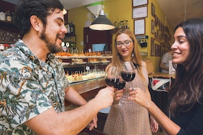Tapas & Wine, PRIVATE TOUR - Barcelona's traditional taverns