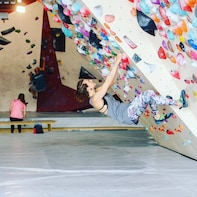 Take the challenge during Bouldering at De Campus
