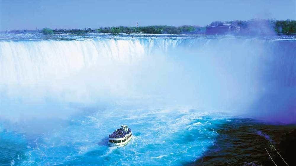 Niagara Falls Day Tour & Cruise from Toronto