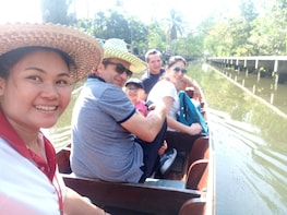 One Day Escape, Floating Markets Food Tour (Small Group)