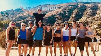 Hollywood Sign Experience: Hike TO the Hollywood Sign