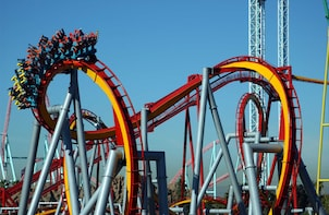 Knott's Berry Farm with round-trip hotel transfers