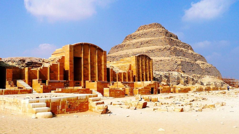 Foto 1 von 10 laden Landscape view of Saqqara in Egypt