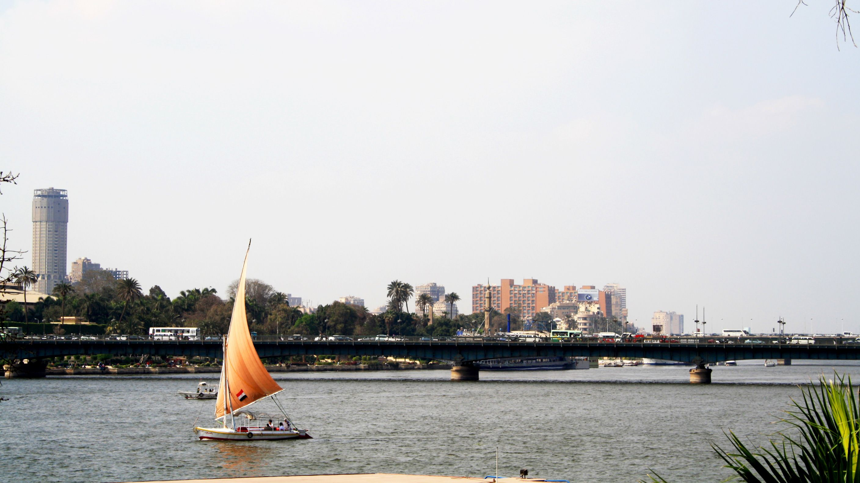 Day view of the River Nile during the day in Cairo