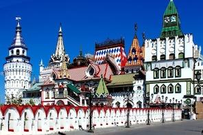 FRENCH Private Moscow Tour: Izmailovo Park & Vodka Museum