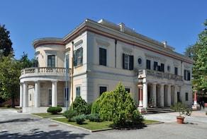 Daily Tour in Corfu, Achilleion Palace, Mon Repo & Old Town