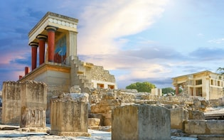 Private Tour in Palace of Knossos & Archaeological Museum