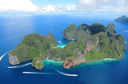 Phi Phi Islands by Ferry with Snorkeling, Lunch & Transfers