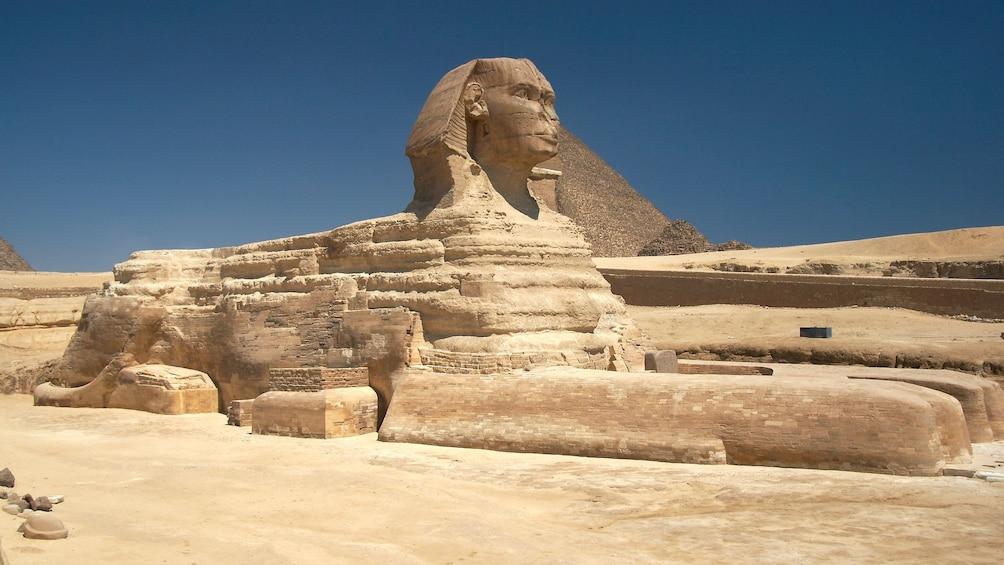 Foto 3 von 6 laden sphinx and pyramid in egypt