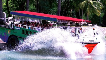 Singapore DUCKtours - Unique Land & Sea Adventure