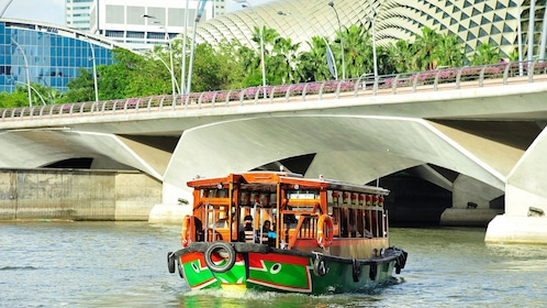 quay boat on the river in singapore