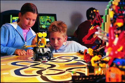 LEGO MINDSTORMS Center.jpg