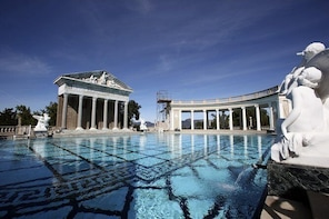 Hearst Castle Tour from Cambria