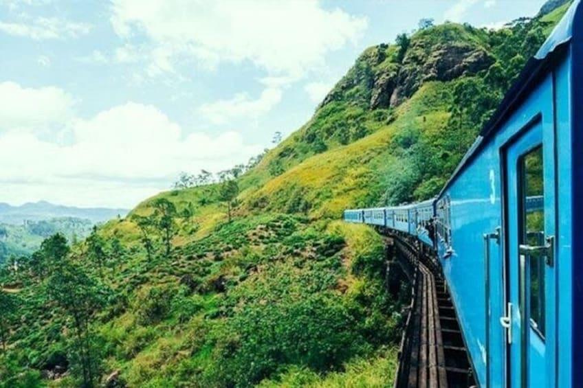 Ella - Kandy train ride