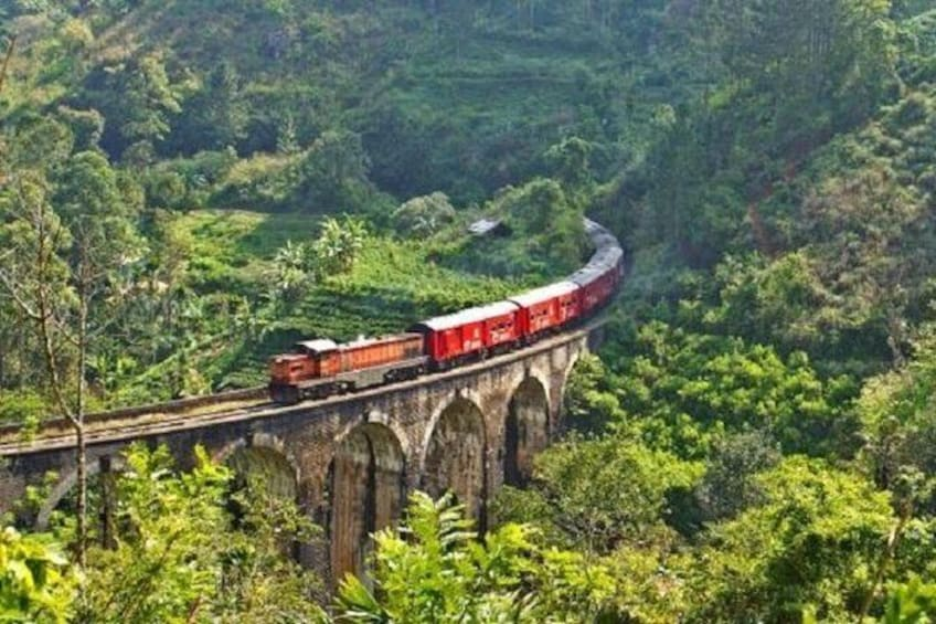 Train tickets from Ella / Badulla to Colombo