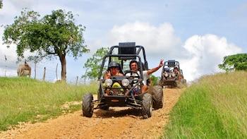 Crazy Wheels Off-Road Adventure