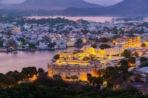Udaipur Night Walk (2 Hours Guided Walking Tour)