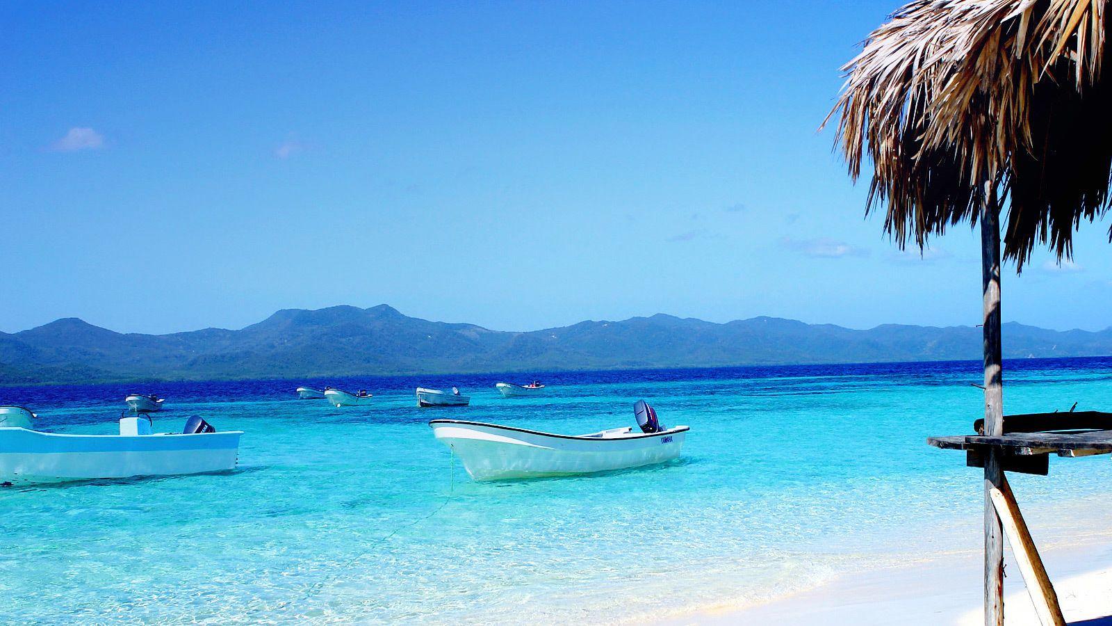 Moored boats off the coast of Paradise Island