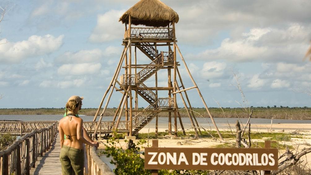 Couple at crocodile park in Riviera Maya