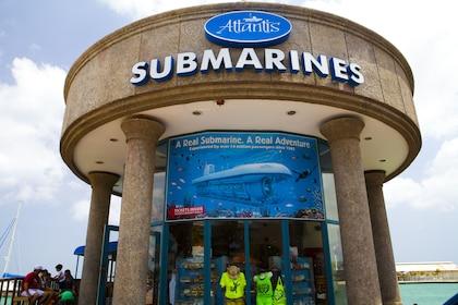 Atlantis Submarine Dive