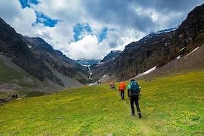 Rupin Pass Trek (7 Night 8 Days Tour) Uttrakhand-Himachal
