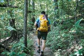 Branson Private Hike & Winery Tour