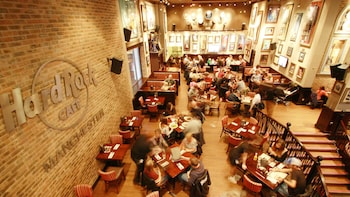 Cenas en el Hard Rock Cafe Manchester con asientos prioritarios